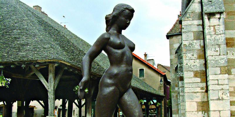 Bienal Internacional de escultura de Nolay