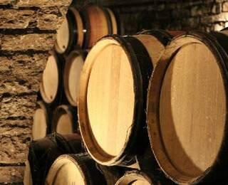 Adegas e vinícolas