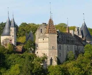 Castelos & Abadias da Borgonha
