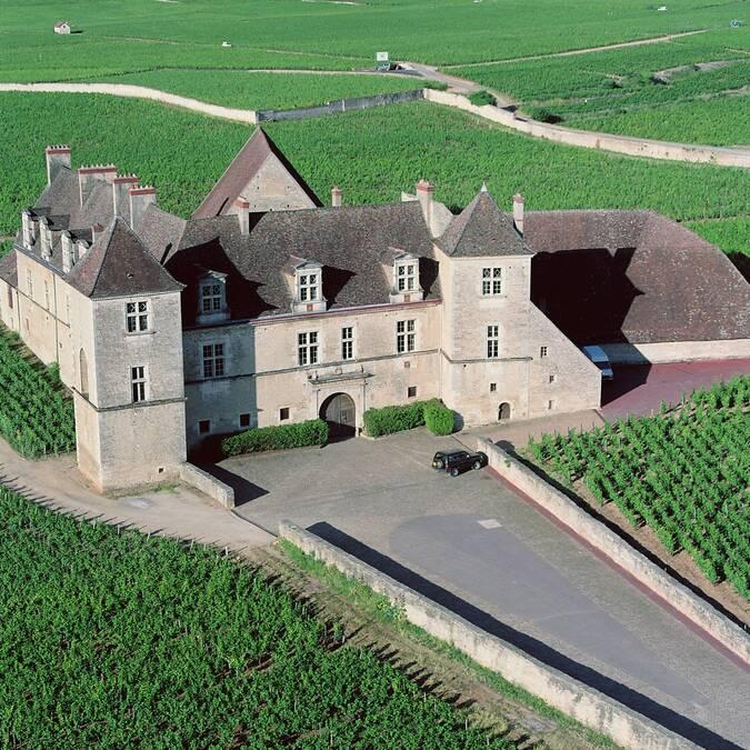 Castelo do Clos de Vougeot - Vista aerea ©Jean-Louis Bernuy